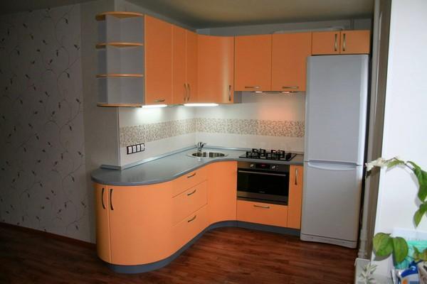 дизайн угловой маленькой кухни фото