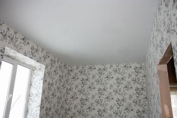 какой потолок делать на кухне фото