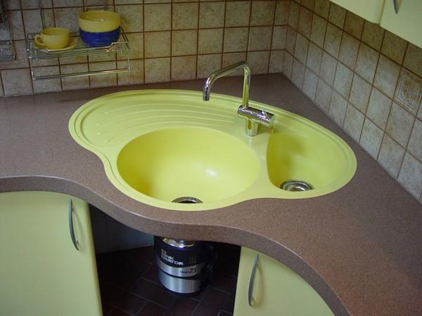 выбрать угловую мойку для кухни фото