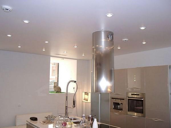 светильники для натяжных потолков на кухне фото