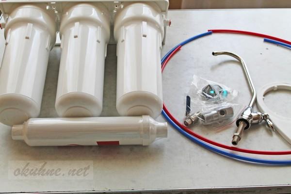 установка фильтра для воды под мойку фото