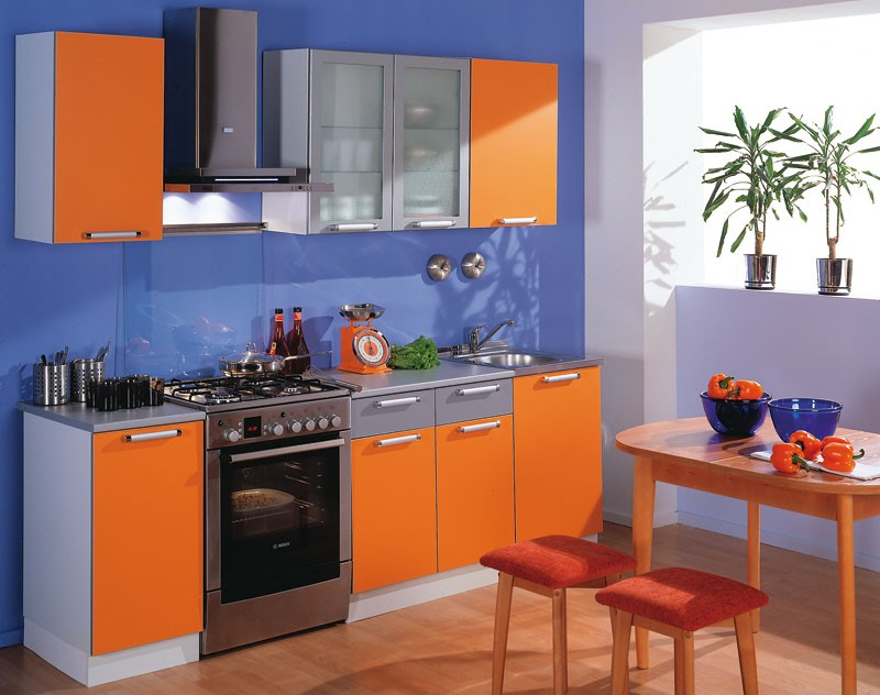 сочетание цветов в оранжевой кухне фото