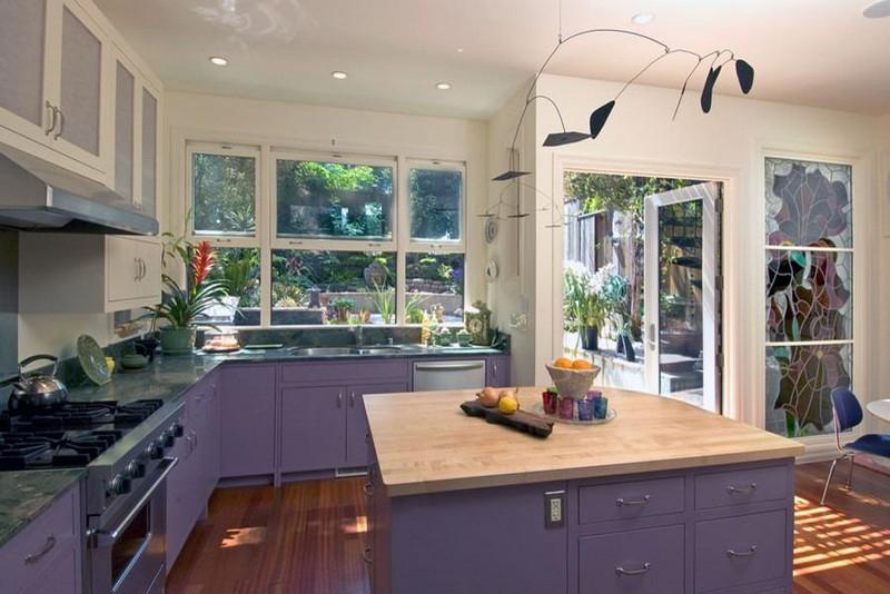 бежево фиолетовая кухня фото