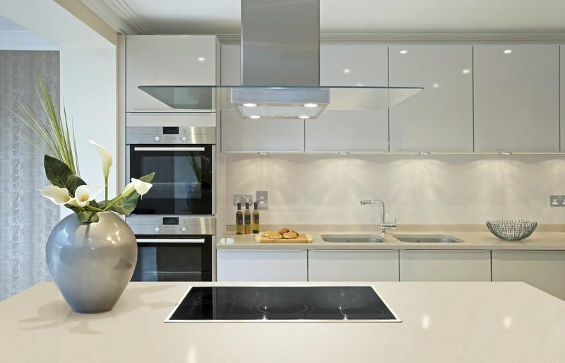 белая кухня модерн фото