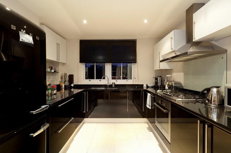 черная глянцевая кухня фото