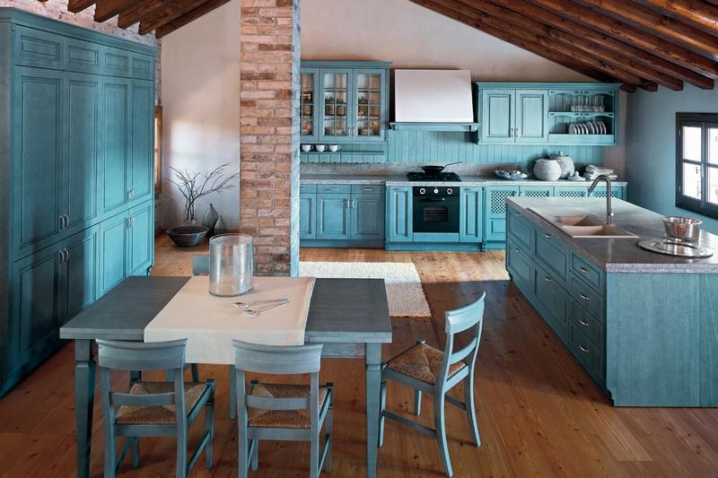 кухня в синих тонах фото