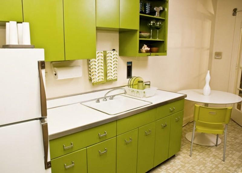 бело оливковая кухня фото