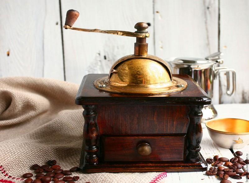 ручная кофемолка фото