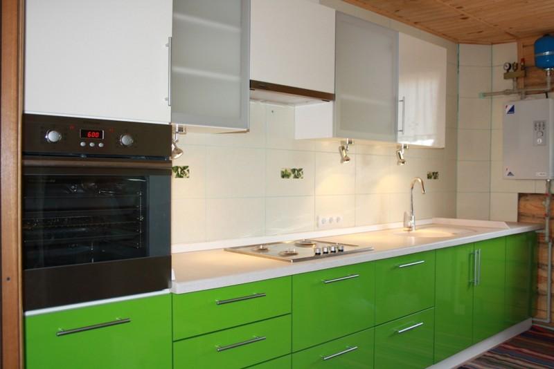 сочетание цветов в интерьере кухни зеленый