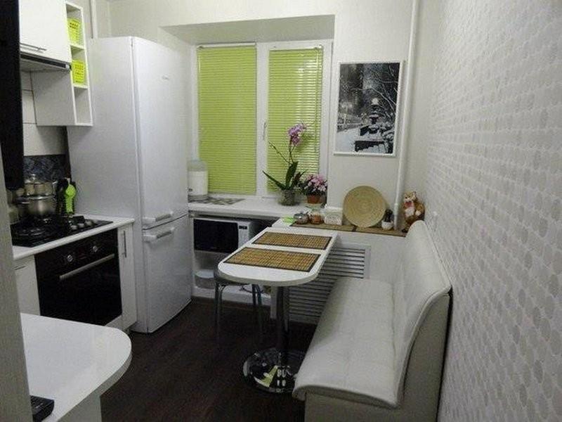интерьер кухни в светлых тонах фото