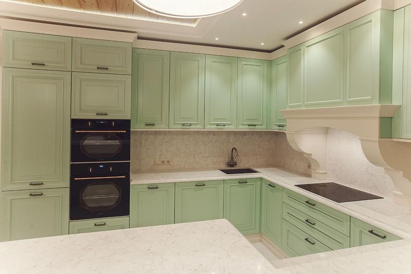мятный цвет в интерьере кухни фото