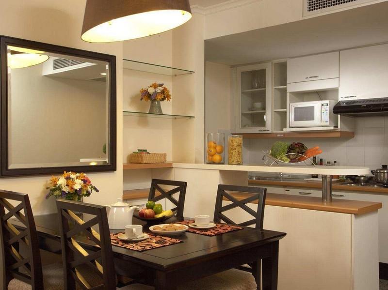 зеркало на маленькой кухне фото