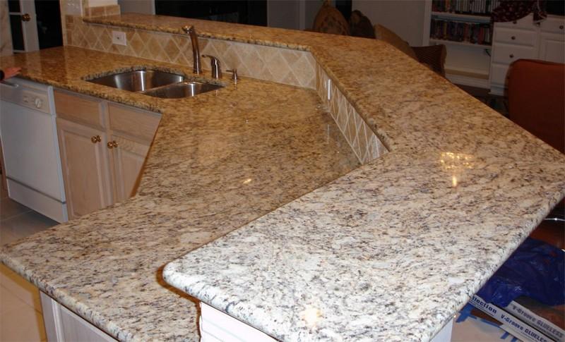 каменная кухонная столешница фото