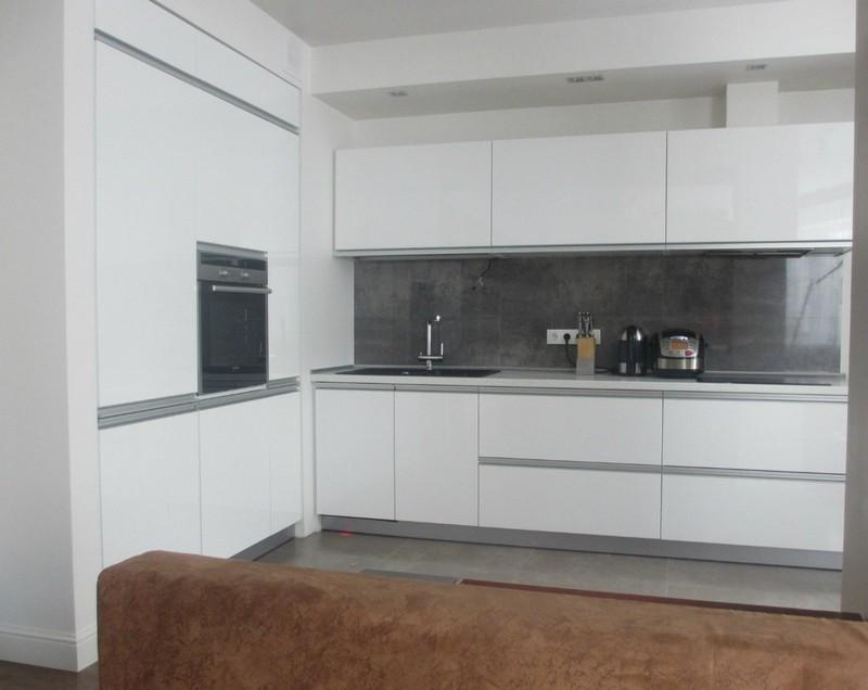фасады для кухни без ручек фото