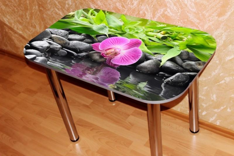 пластиковый кухонный стол с фотопечатью фото