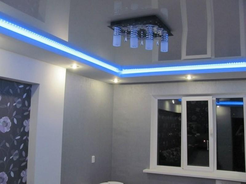 подсветка натяжного потолка светодиодами фото