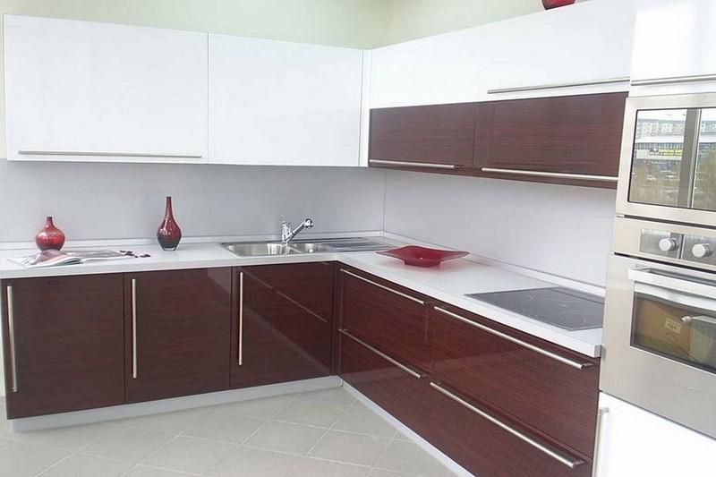 глянцевая акриловая кухня фото