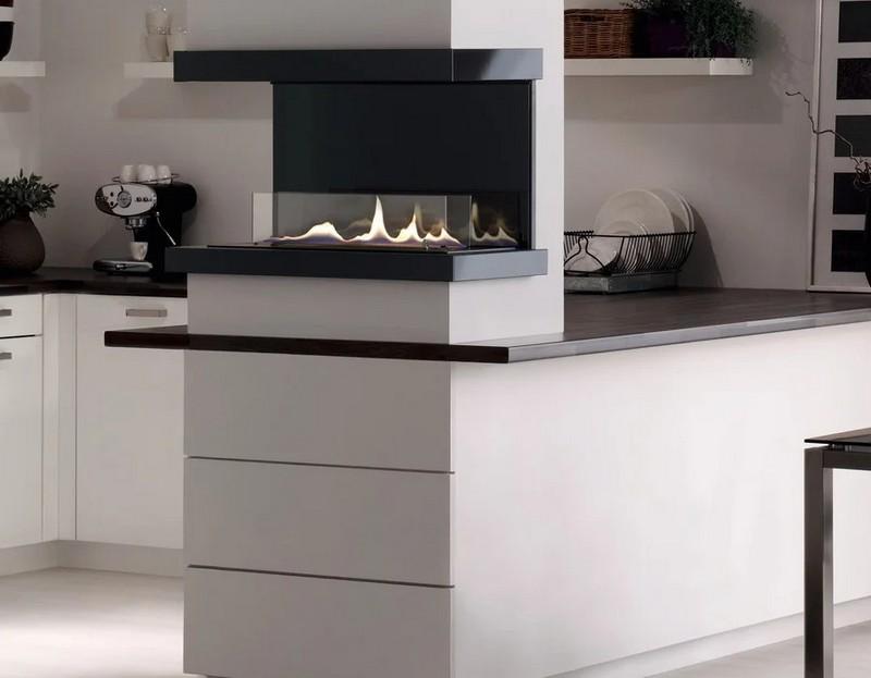 дизайн кухни с камином фото