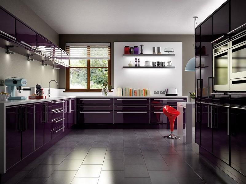 интерьер кухни с темным полом фото