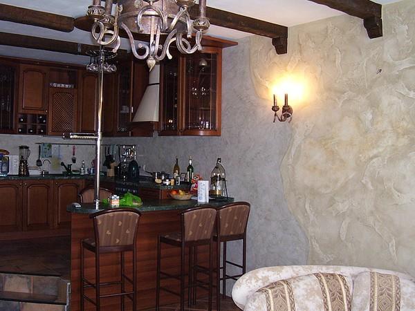 венецианская штукатурка на кухне фото