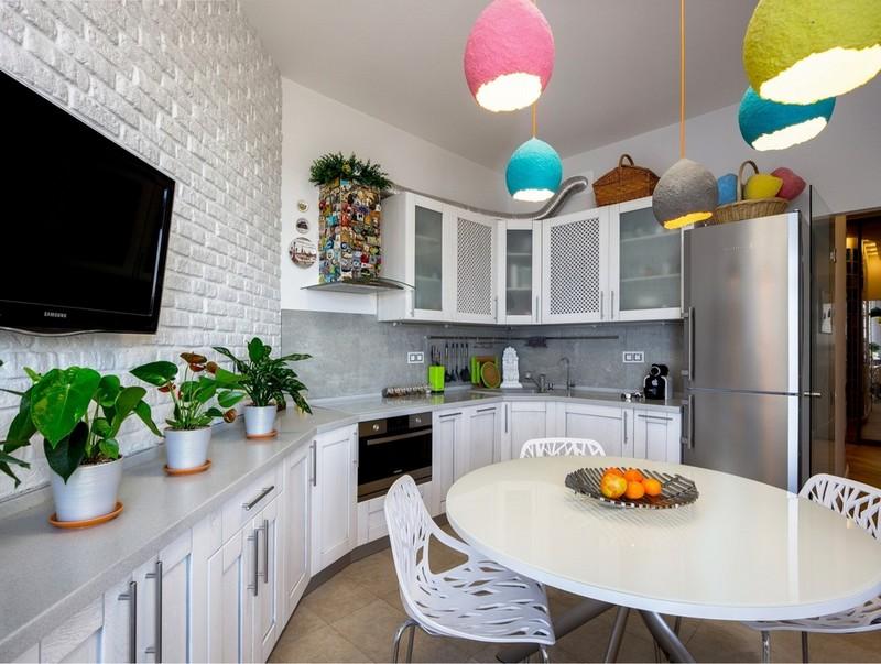 кухня в белом цвете в стиле лофт фото