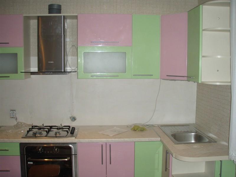 зелено розовая кухня фото