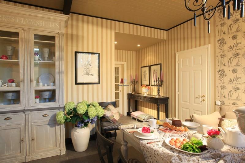 маленькая кухня в английском стиле фото