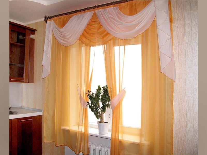 шторы с ламбрекеном на кухню фото