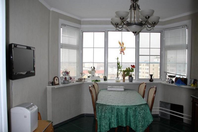 кухня столовая с эркером фото