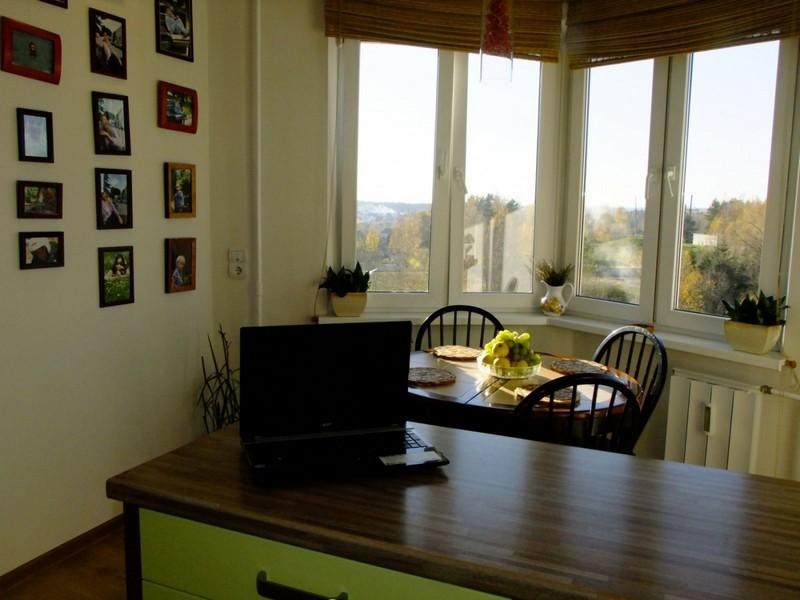 планировка кухни с эркером фото