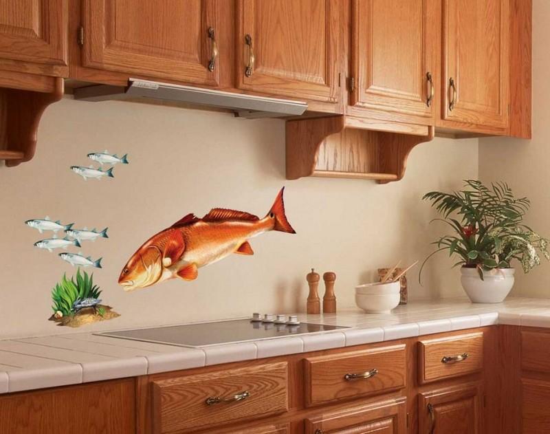 как украсить стену на кухне фото