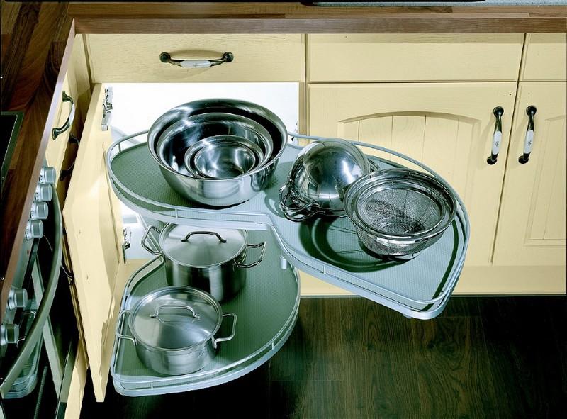 выдвижные системы хранения для кухни фото