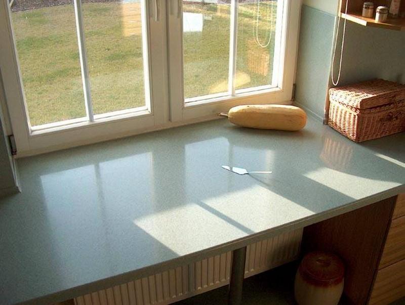 подоконник столешница на кухне фото