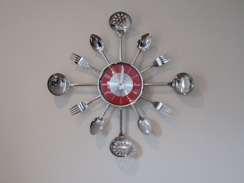 оригинальные настенные часы для кухни фото