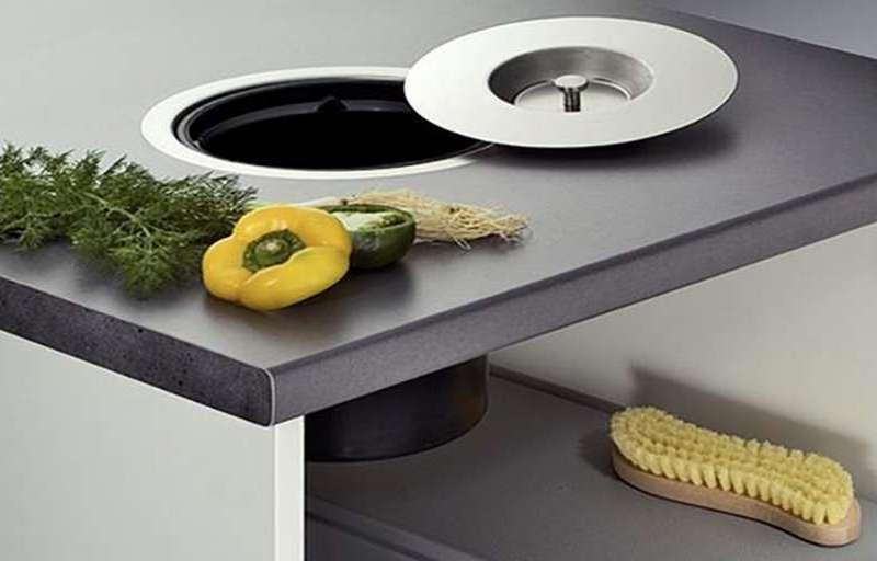 встроенное мусорное ведро для кухни фото
